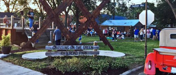 New Albany MS Crossing on the Green Park