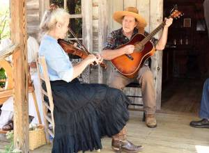 New Albany MS Acoustic musicians aat heritage Pioneer days 2019