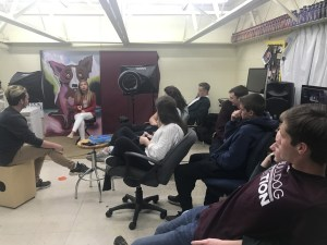 New Albany MS NAHS alum with journalism class