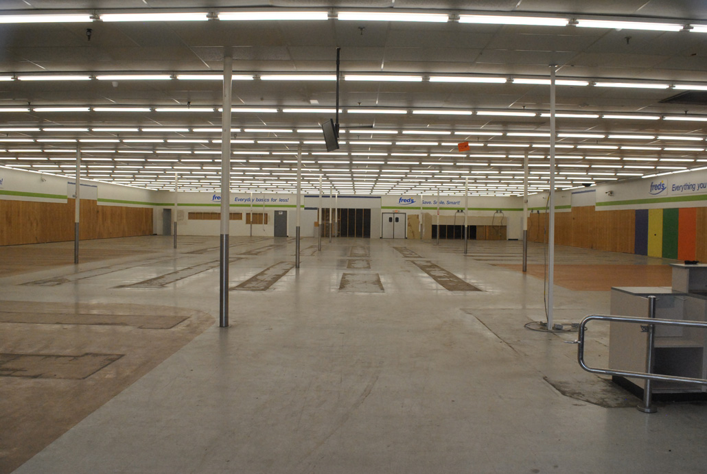 The now-empty Fred's interior