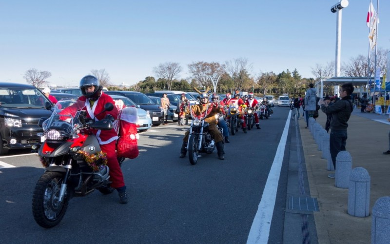 Toy Run 2012 - Half the group ready to roll