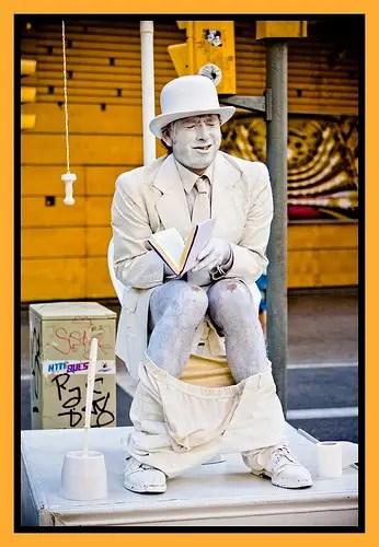 statua-sul-cesso