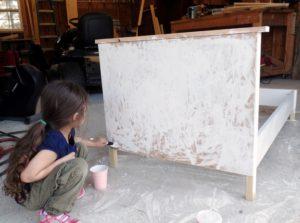 Shreya paints her bed