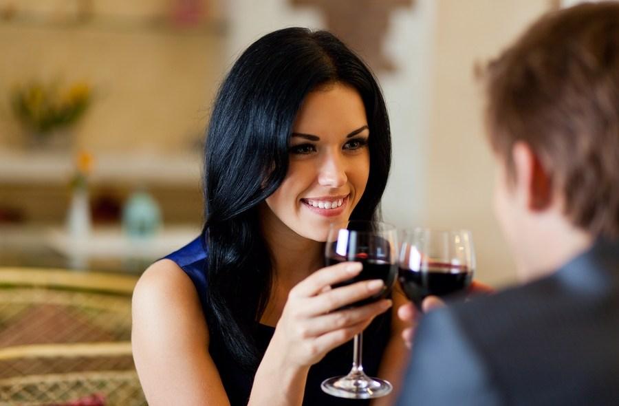 , Τι θα λέγατε για ένα ρομαντικό δείπνο;