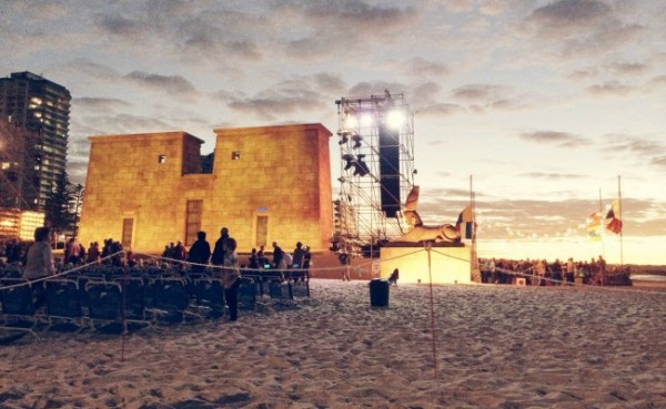 opera-beach