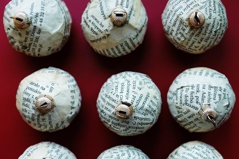 bombki z makulatury