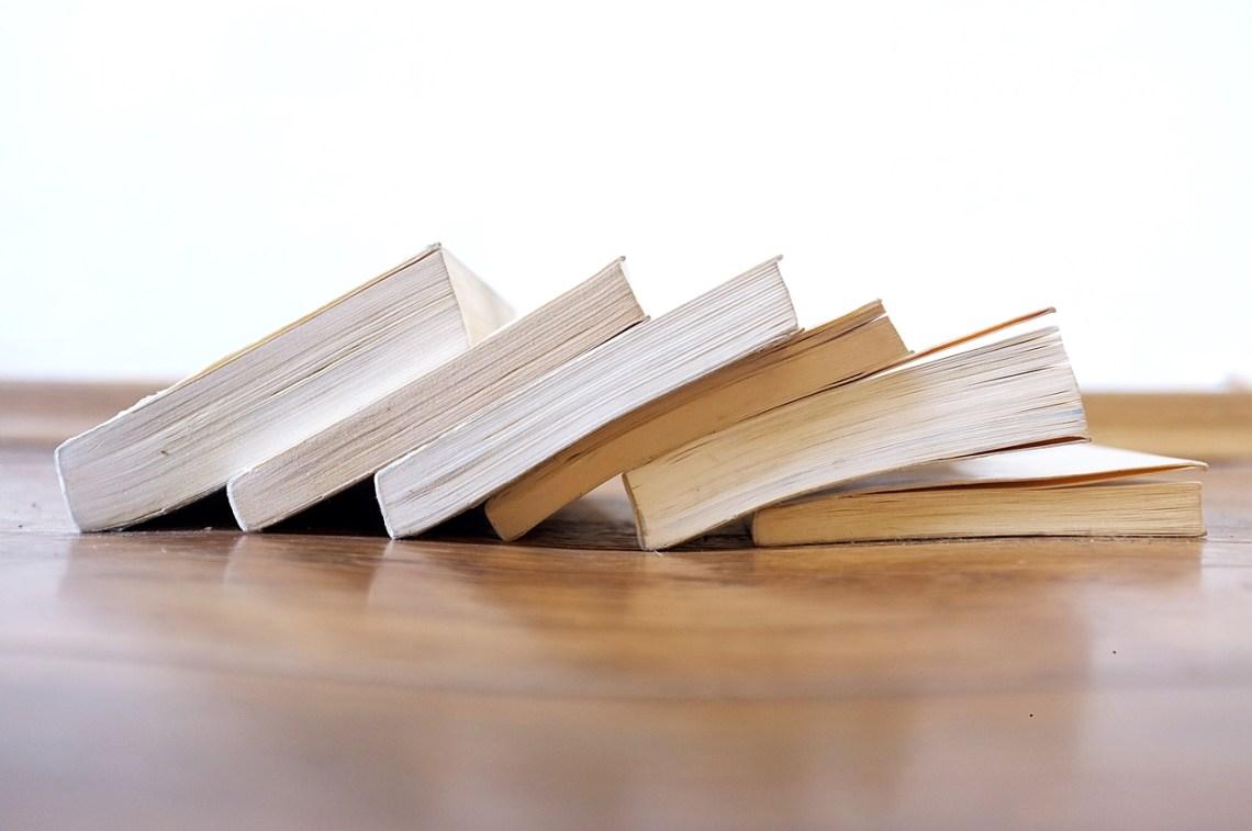 co zrobić z niepotrzebnymi książkami