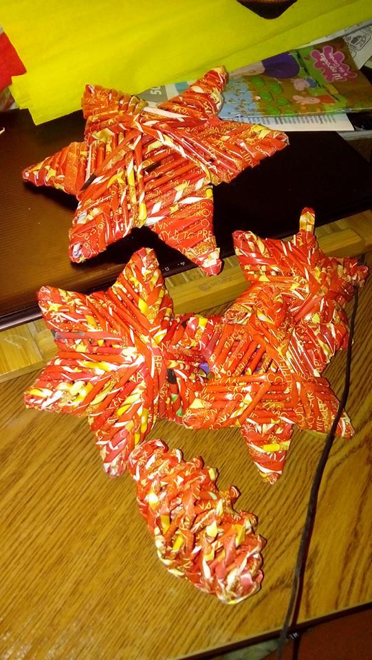 gwiazdki z wikliny papierowej