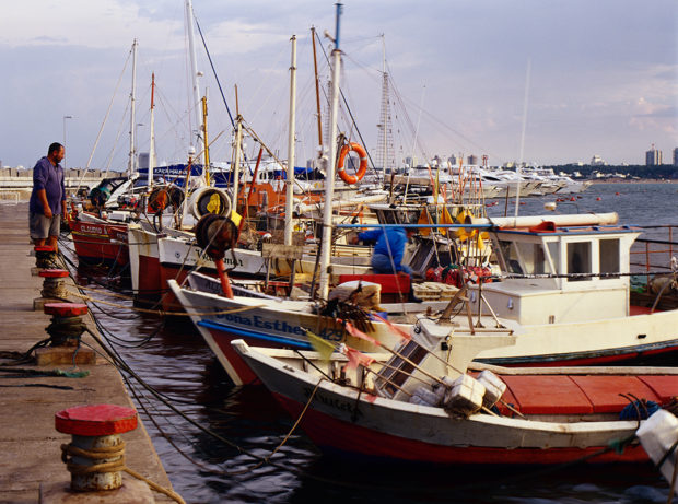 The small fishing fleet of Punta del Este exudes a very laidback attitude for a commercial operation.