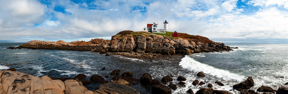 Panoramic Photo of Nubble Light, Maine, Nikon D700, Zeiss 135mm f/2.0, 1/320 @ f/11, 11 Photos © David Skernick