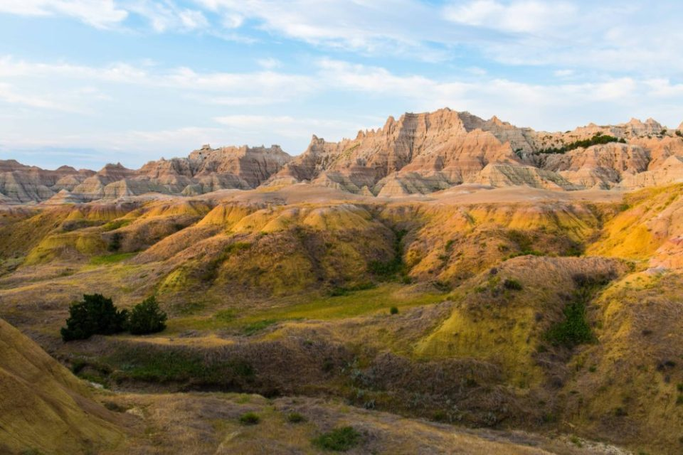 Landscape Photo of a Menagerie of Peaks and Valleys in the Badlands, South Dakota © Tom Haxby