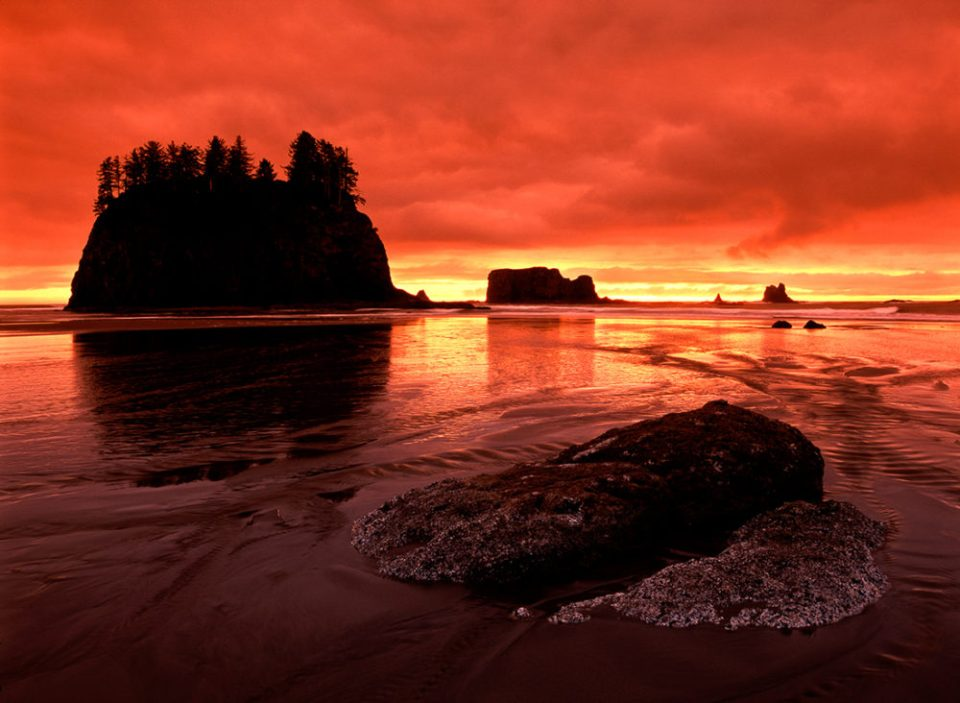 Sunset over the Pacific Ocean at Second Beach in Olympic National Park, Washington. © Jerry Ginsberg