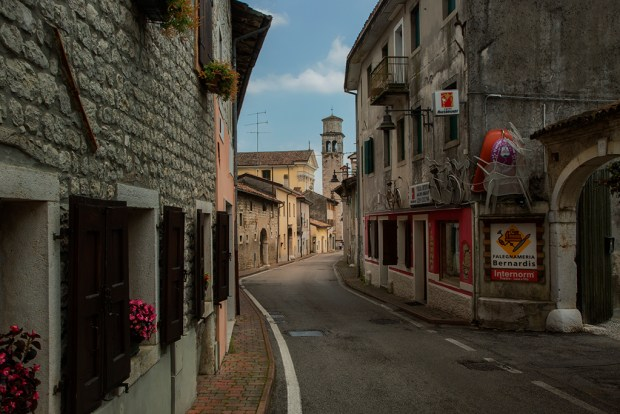 Budoia, Italy © David DesRochers