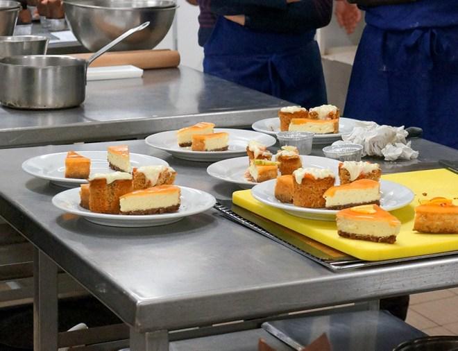 Atelier de cuisine autour de la pâtisserie américaine au cifam à Sainte-Luce-Sur-Loire côté de Nantes