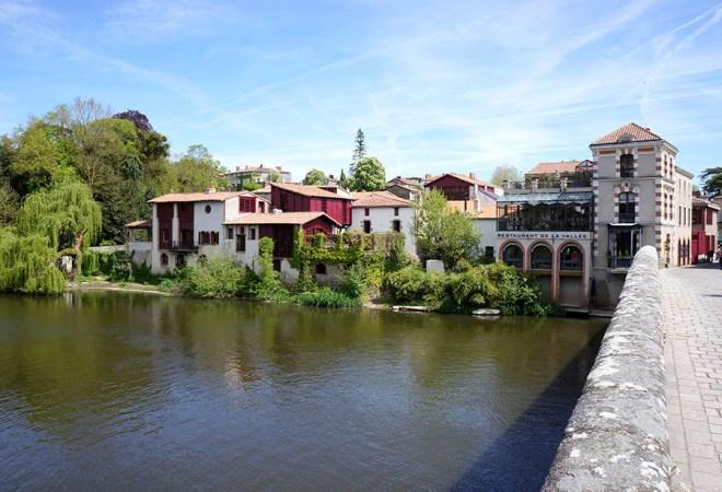 Clisson en Loire-Atlantique est située au bord de la Sèvre nantaise