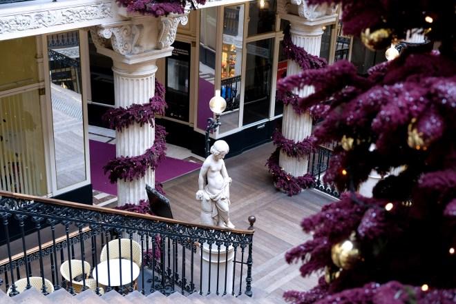 Décorations de Noël 2018 dans le Passage Pommeraye à Nantes