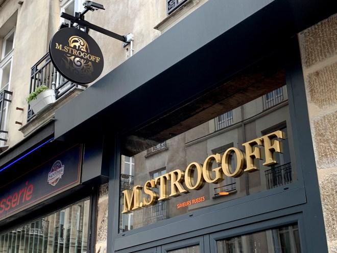 Enseigne de M Strogoff : restaurant russe à Nantes