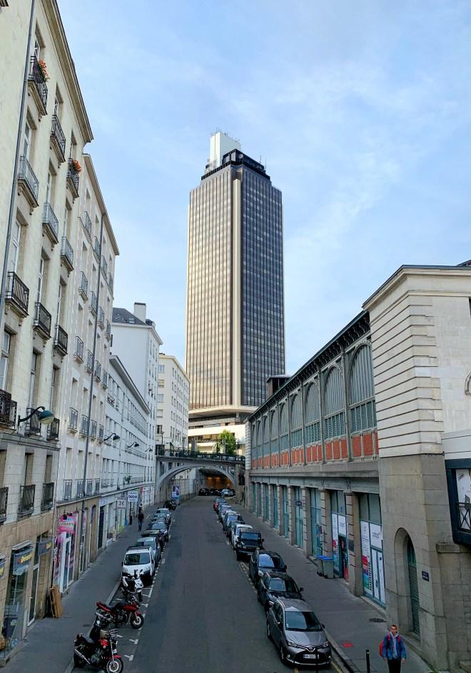Tour Bretagne à Nantes