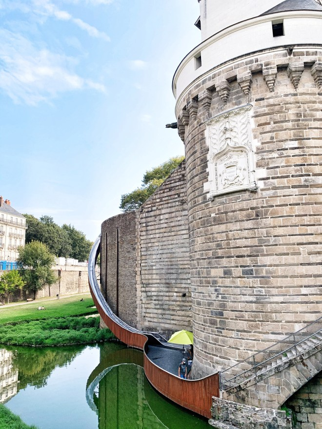 Paysage glissé, oeuvre du Voyage à Nantes