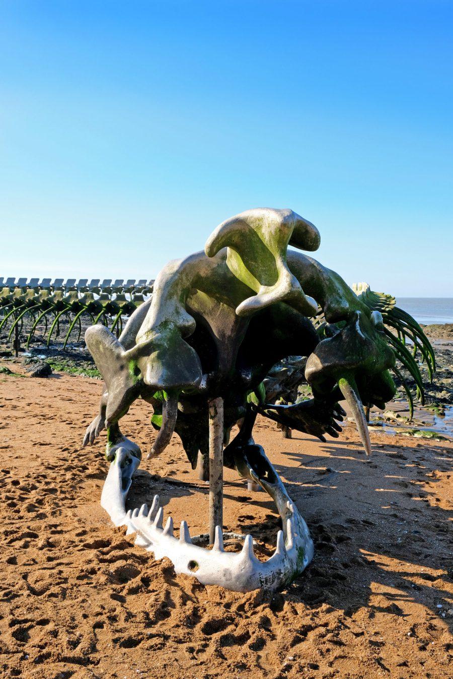 Le Serpent d'Océan, sculpture monumentale dans le cadre du parcours Estuaire