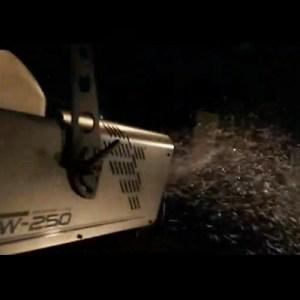 Machine à neige avec interface DMX Antari - Nantes Sono - Location et Vente de matériel de sono de lumière et de vidéo à Nantes (44)