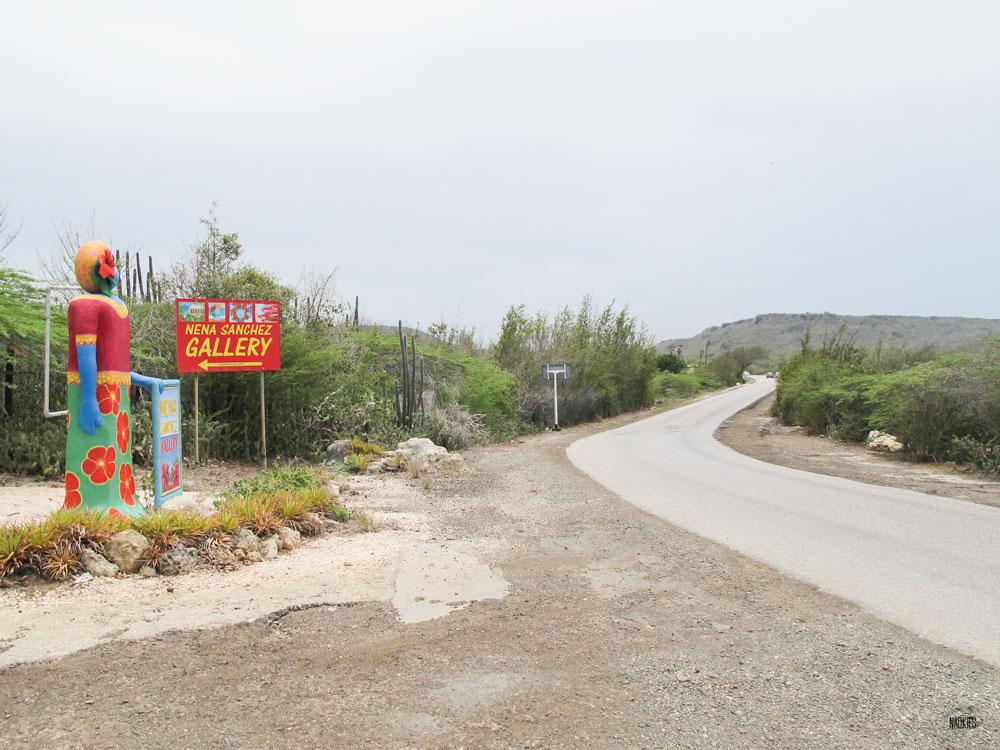 nena-sanchez-art-gallery-weg-naar-westpunt-curacao-ingang