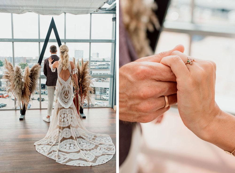 Zomerse industriële bruiloft first look bruid bohemian trouwjurk trouwringen Nadine Kieft Jewelry in de Dakkas Amsterdam