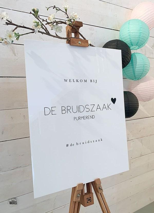 Plexiglas logobord De Bruidszaak Purmerend Studio Naokies