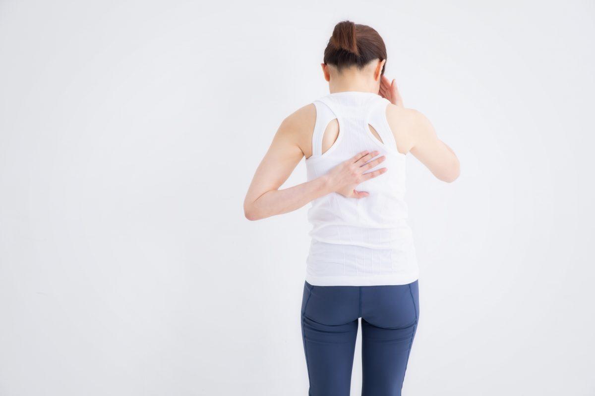 背中の張りと息苦しさの整体改善事例
