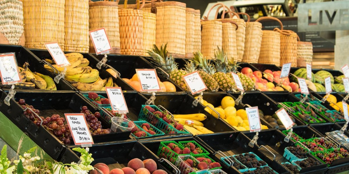 Shopping & Dining at Oxbow Public Market in Napa Valley 2