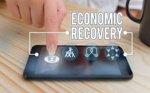 Experts Predict Economic Recovery