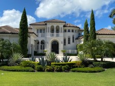 good time to move to a luxury home in naples fl
