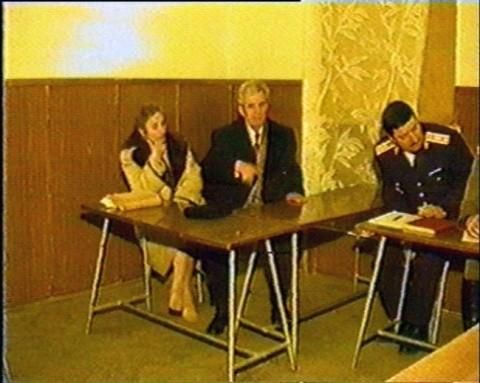 sotii-ceausescu-sunt-condamnati-la-moarte-18469946
