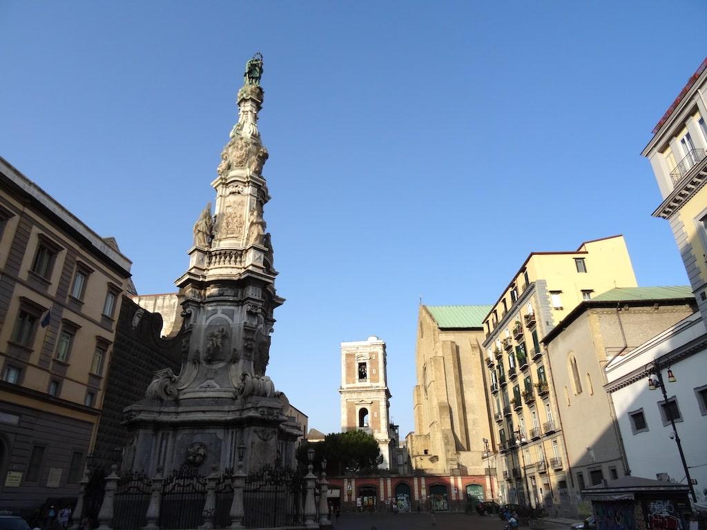 Obelisco e Piazza del Gesu Napoli