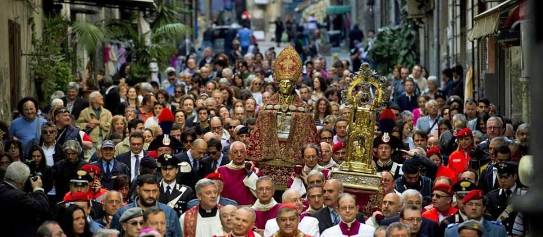 Il miracolo di San Gennaro patrono di Napoli