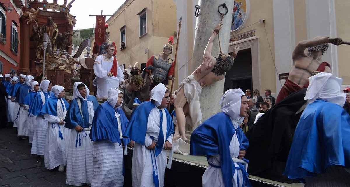 Pasqua, le processioni del Venerdì Santo