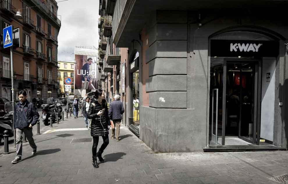 k-way Napoli - Via Filangeri Napoli