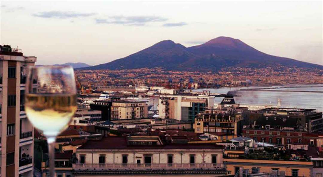 Wine and the city, Napoli