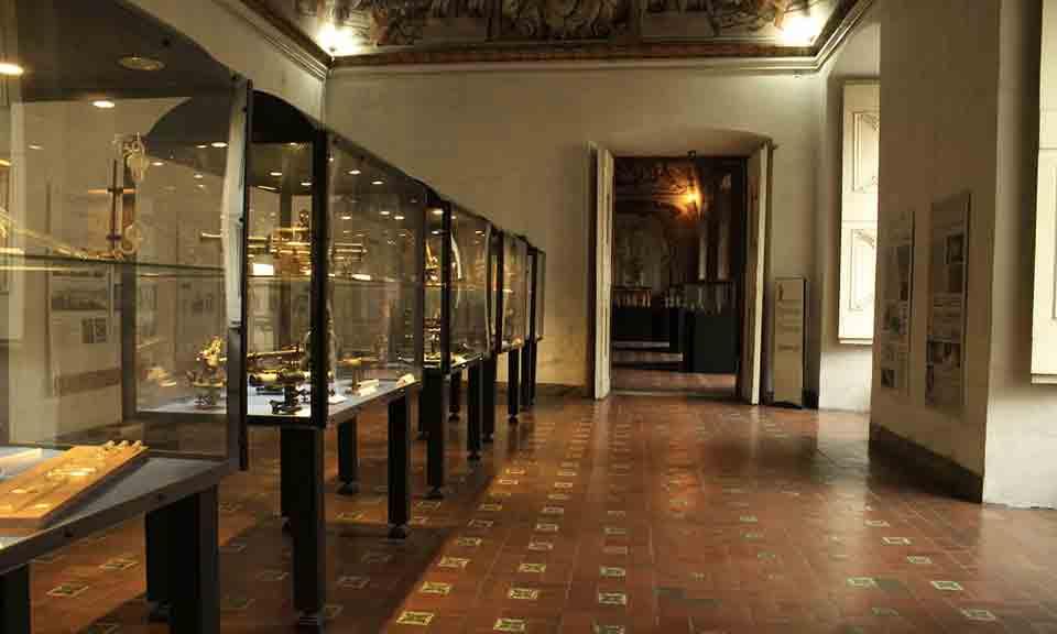 Reggia di Portici Herculanense Museum