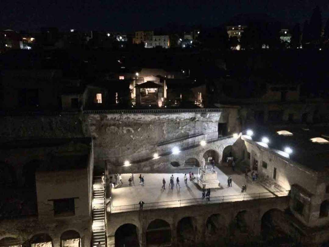 Visita di notte degli Scavi di Ercolano