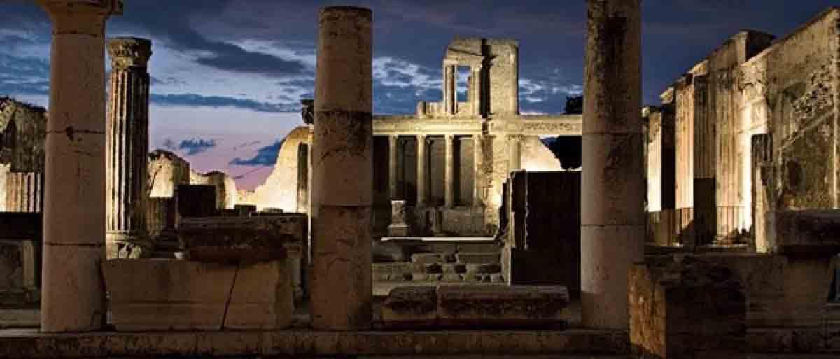 Una notte a Pompei, torna il percorso by night 2017