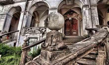 Farmacia degli Incurabili e Museo delle arti sanitarie a Napoli