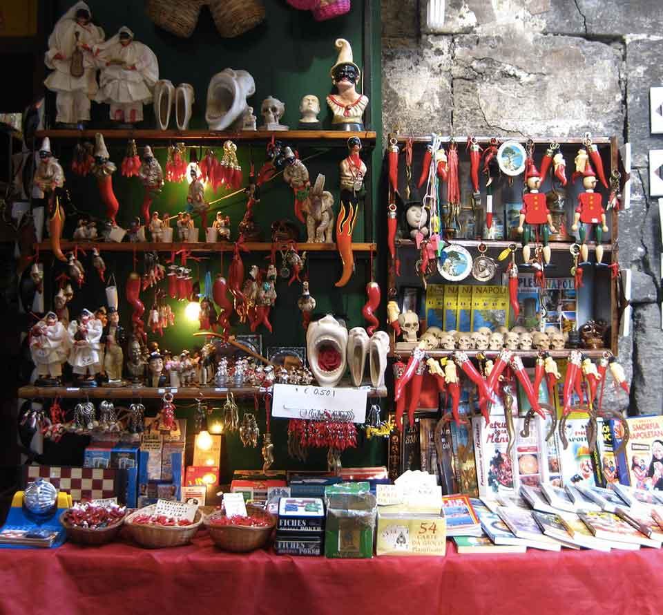 Superstizione gli Amuleti di San Gregorio Armeno