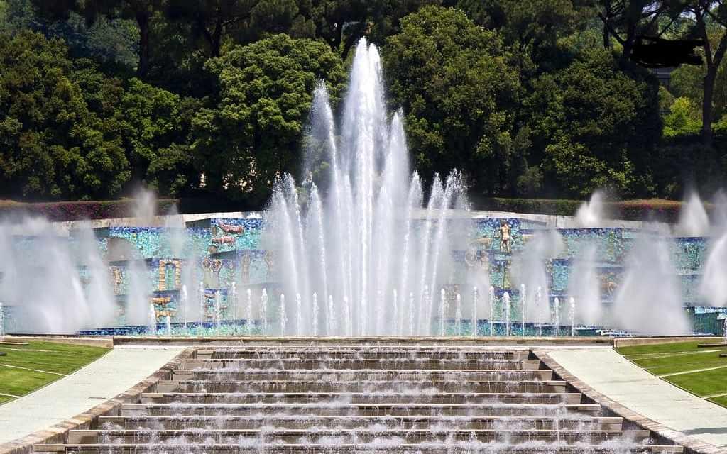 Fontana dell'Esedra Napoli, Mostra d'Oltremare Napoli