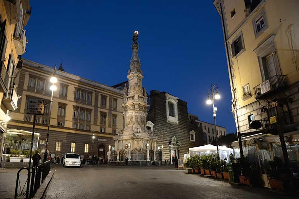 Obelisco Immacolata - Piazza del Gesù Nuovo
