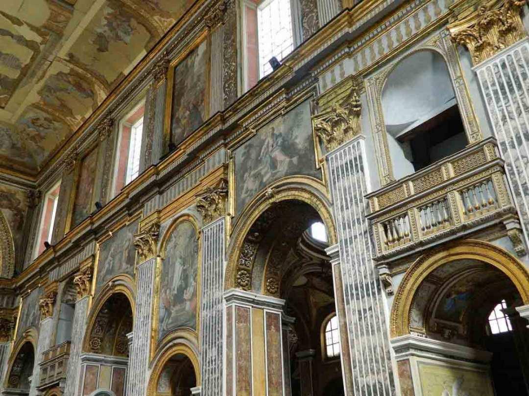Basilica San Paolo Maggiore, Interno