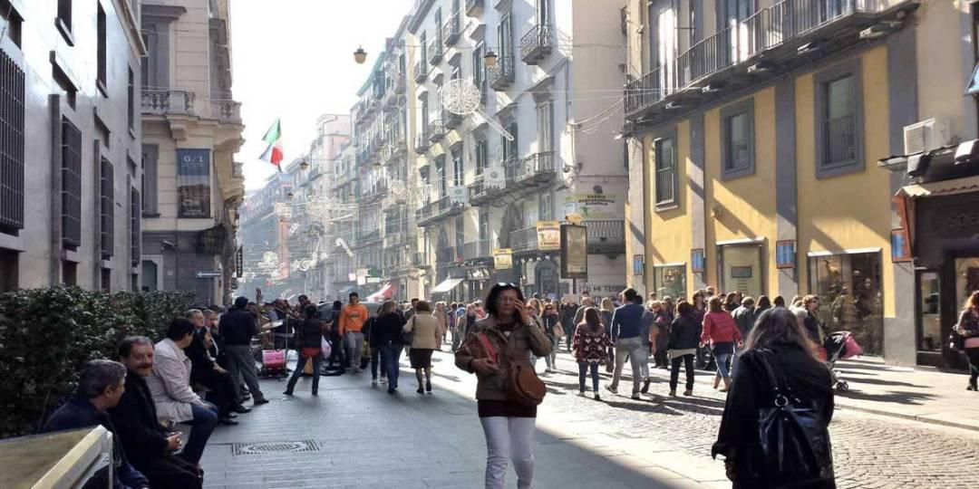 Saldi Invernali Via Toledo Napoli