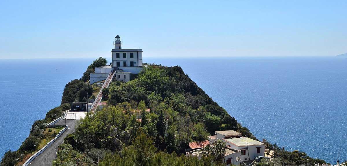Capo Miseno La Terrazza Sul Golfo Di Napoli E La Penisola