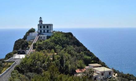 Miseno, la terrazza sul Golfo di Napoli