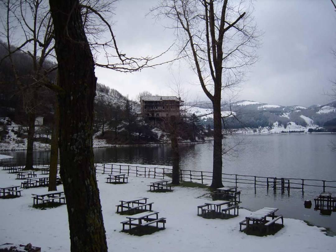 Sciare al Lago Laceno